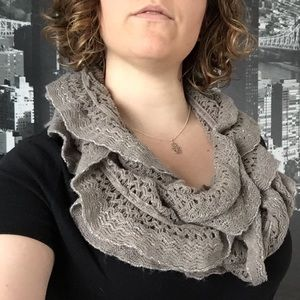 Apt9 lacey circle scarf in gray sparkle